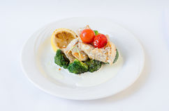 Fiskragu på broccoli Royaltyfri Foto