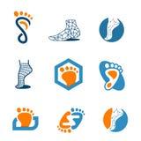 Fissi il logo del piede moderno Immagine Stock
