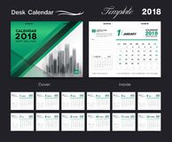 Fissi la progettazione 2018, copertura del modello del calendario da scrivania di verde Immagine Stock