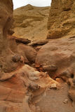 Fissure étroite en montagnes Photos stock