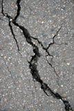 Fissure en asphalte Photos stock