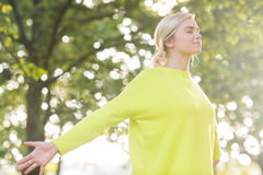 Fit happy blonde enjoying the sun Royalty Free Stock Photography