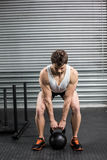 Fit man lifting dumbbells Royalty Free Stock Photography
