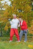 Fit senior couple exercising Royalty Free Stock Photography