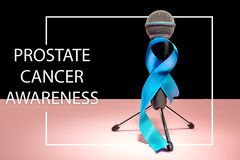 Fita azul simbólica da campanha de sensibilização do câncer da próstata e da saúde dos homens em novembro foto de stock royalty free