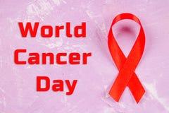 Fita da conscientização do dia do câncer do mundo 4 de fevereiro Fotos de Stock Royalty Free