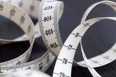 Fita de medição do alfaiate Close up, macro imagens de stock