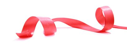 Fita vermelha do cetim isolada Decoração do feriado imagens de stock royalty free