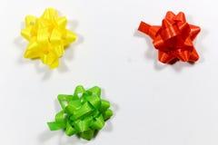 Fitas coloridas do pacote do presente Imagem de Stock