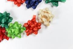 Fitas coloridas do pacote do presente Fotos de Stock Royalty Free