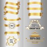 Fitas douradas ajustadas e etiquetas da venda Fotografia de Stock