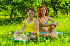 A fitness couple Royalty Free Stock Photos