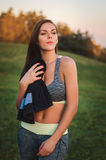 Fitness, sporten, de jonge aantrekkelijke vrouw van het levensstijlconcept in spo Royalty-vrije Stock Foto