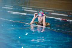 Fitness training in the pool Royalty Free Stock Photography
