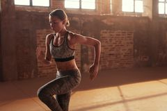 Free Fitness Workout. Woman Running On Spot, Doing Cardio Exercise Stock Photo - 157466670