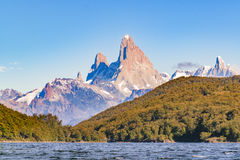 Fitz Roy και άποψη λιμνών βουνών Poincenot - Παταγωνία - Argentin Στοκ Εικόνες