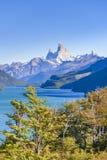 Fitz Roy και άποψη λιμνών βουνών Poincenot - Παταγωνία - Argentin Στοκ φωτογραφία με δικαίωμα ελεύθερης χρήσης