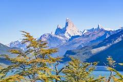 Fitz Roy και άποψη λιμνών βουνών Poincenot - Παταγωνία - Argentin Στοκ φωτογραφίες με δικαίωμα ελεύθερης χρήσης