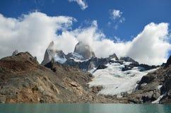 Fitz Roy Mountain a couvert par des nuages photographie stock libre de droits