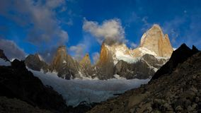 Fitz roy peak and range at sunrise. Los glaciares national park, patagonia, argentina, south america Stock Photo