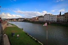 Fiume Arno rzeka przy Florencja Obraz Royalty Free