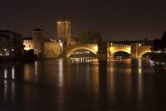 Fiume del Adige e ponticello di Scaliger a Verona Fotografia Stock Libera da Diritti