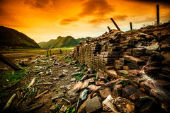 Fiume del ½ del ¿ di Buildingsï, asciutto, terra di siccità, senz'acqua Immagini Stock