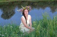 fiume della ragazza triste Fotografia Stock Libera da Diritti