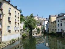 Fiume di Alzette, Lussemburgo   Fotografia Stock Libera da Diritti