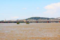 Fiume di Ava Bridge Cross The Irrawaddy, Sagaing, Myanmar fotografia stock