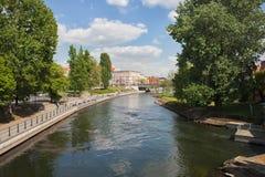 Fiume di Brda in città di Bydgoszcz immagine stock libera da diritti