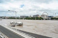 Fiume di Brisbane durante la grande inondazione Immagini Stock