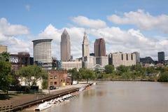 Fiume di Cuyahoga & Cleveland del centro Fotografia Stock Libera da Diritti