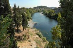 Fiume di Moraca a Podgorica, Montenegro fotografia stock libera da diritti