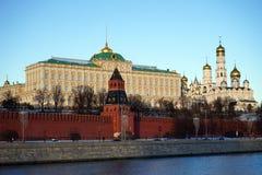 Fiume di Mosca e del Kremlin Immagine Stock