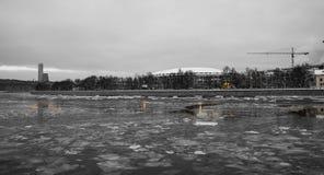 Fiume di Moskva e grande arena di sport del Luzhniki complesso olimpico su una sera di inverno, Mosca, Russia Fotografie Stock