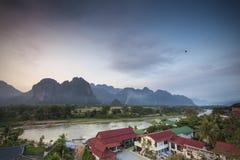 Fiume di Nam Song in Vang Vieng, Laos Fotografia Stock Libera da Diritti