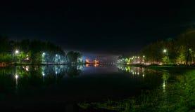 Fiume di notte Immagini Stock
