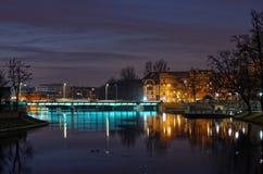 Fiume di Odra a Wroclaw di notte Fotografia Stock Libera da Diritti