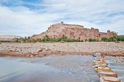 Fiume di Ounila vicino all'AIT Ben Haddou, Marocco Fotografia Stock Libera da Diritti