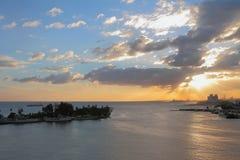 Fiume di Ozama e mare al tramonto Santo Domingo, Dominicana Fotografia Stock Libera da Diritti