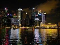Fiume di Singapore alla notte Immagine Stock