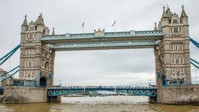 Fiume di Tamigi, Londra fotografia stock