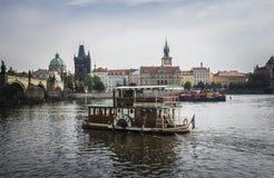Fiume di Vltava, Praga Immagini Stock Libere da Diritti