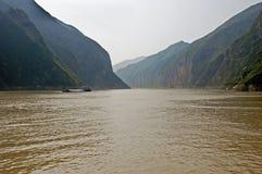 Fiume di Yangtze scenico in Cina fotografia stock libera da diritti