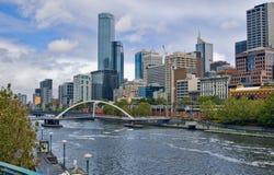 Fiume di Yarra nella città di Melbourne Fotografie Stock Libere da Diritti