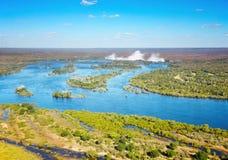 Fiume di Zambezi e Victoria Falls Fotografia Stock