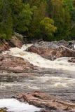 Fiume e cadute del Chippewa Fotografia Stock Libera da Diritti