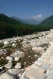 Fiume e montagne Fotografia Stock