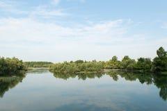 Fiume il Doubs in Francia Fotografia Stock Libera da Diritti